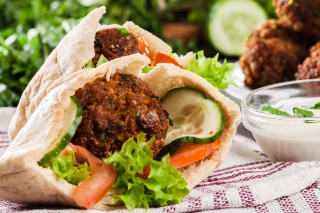 the-shawarma-guys-restaurant-markets-gallery-johannesburg-south-african-business-falafel-pitas-platters